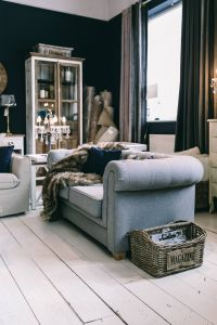 Kaboompics - Beautiful vintage living room interior