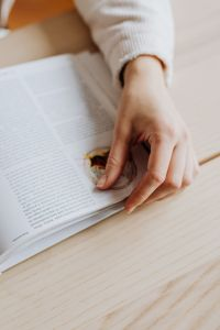 Kaboompics - Woman hand with book