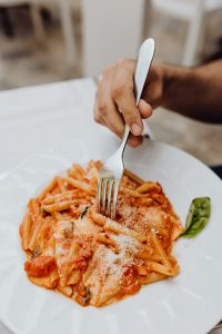 Kaboompics - Pasta with mozzarella and tomatoes