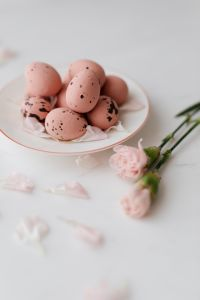 Kaboompics - Pink Chocolate Eggs - Easter