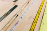 Kaboompics - Close-ups of rulers on a wooden table