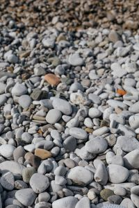 Kaboompics - Beach with stones / Pebble beach