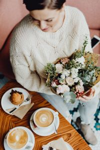 Kaboompics - Delicious coffee & dessert in the Beza café in Lodz, Poland // Bouquet of flowers
