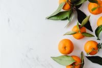 Kaboompics - Mandarins on white marble