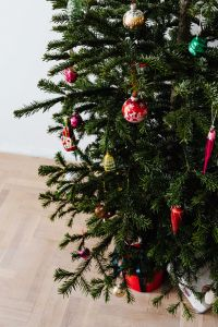 Kaboompics - Christmas Baubles Hanging on Christmas Tree