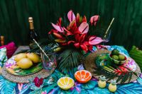 Kaboompics - Party Table, Flowers, Lemons, Limes, Drinks