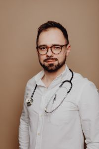Kaboompics - Portrait of a male doctor