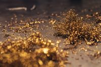 Kaboompics - Close-ups of golden metal shavings on a table