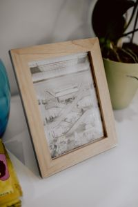 Kaboompics - Small wooden frame