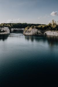 Kaboompics - Zakrzówek reservoir, the old limestone quarry flooded with water