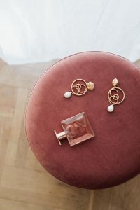 Jewellery on Pouf