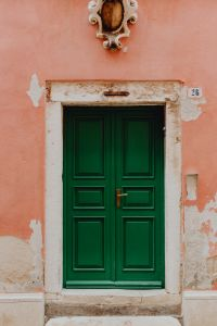 Kaboompics - Pastel pink building with green doors, Rovinj, Croatia