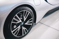 Kaboompics - Wheel of the car BMW i8