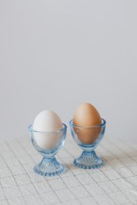 Kaboompics - Glass egg holders