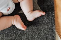 Kaboompics - Detail of a newborn baby feet