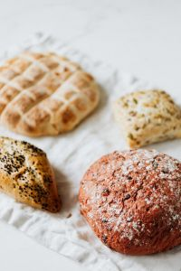 Kaboompics - Beetroot & Slovenian bread with buns