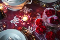 Kaboompics - Table Decorations for Valentine: Red Roses and Canle