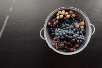 Kaboompics - A colander with grapes