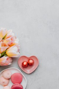 Valentine's Day Backgrounds & Flatlays