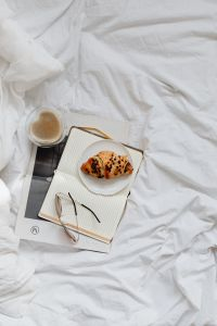 Kaboompics - Notepad - Glasses - Bedding - Coffee - Croissant