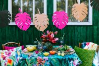 Kaboompics - Paper Monstera Leaves, Party Table