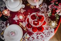 Kaboompics - Table Decorations for Valentine: Red Roses