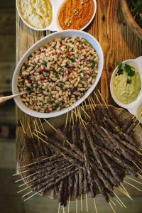 Kaboompics - Grilled kofta kebabs and White Bean Salad
