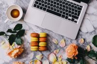 Macaroons, roses, Macbook, coffee, marble