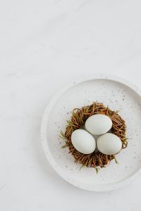 Kaboompics - Easter flat lay with eggs on a white marble