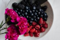 Kaboompics - Blackberries, blueberries and raspberries in a bowl