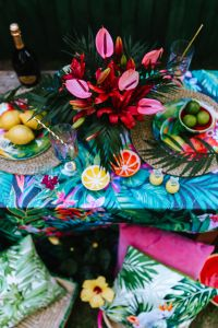 Kaboompics - Party Table, Flowers, Lemons, Limes, Drinks, Pillows