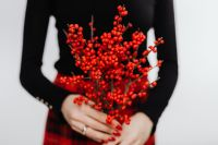 Kaboompics - Woman in Black Turtleneck Holds a Rowanberry Brunch