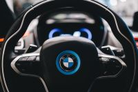Kaboompics - Steering wheel of the BMW i8