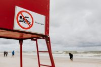Kaboompics - Do not swimming sign