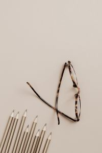 Kaboompics - Copy space - pencils - glasses - flat lay