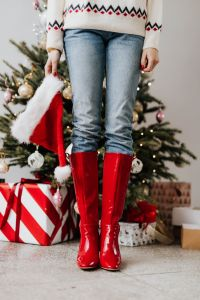 Kaboompics - Red Christmas Boots